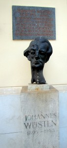 Denkmal an Johannes Wüsten