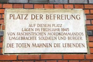 Gedenktafel am Postplatz