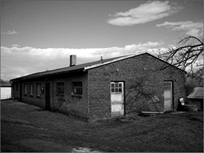 ehemalige Wasch- / Toilettenbaracke in Hirschfelde